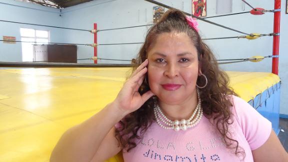 Lola Dinamita González 1